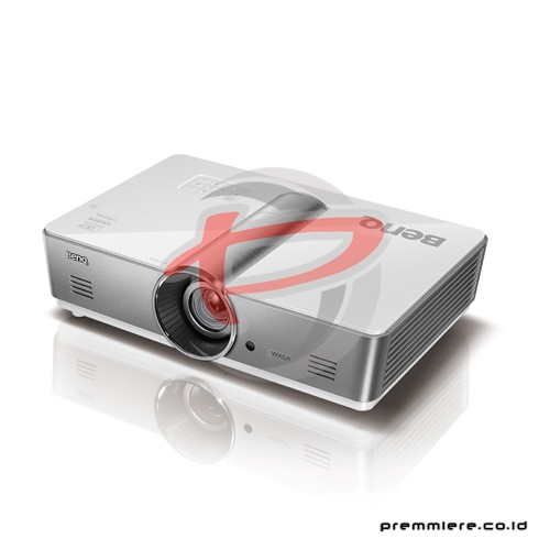 Projector SW921+