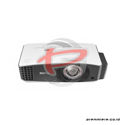 Projector DX832UST
