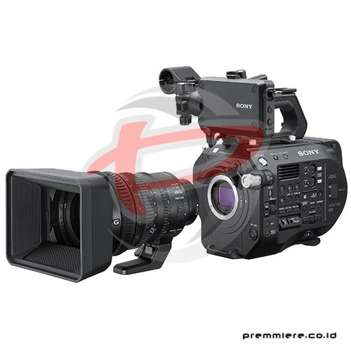 Professional Camcorder XDCAM PXW-FS7M2 with lens